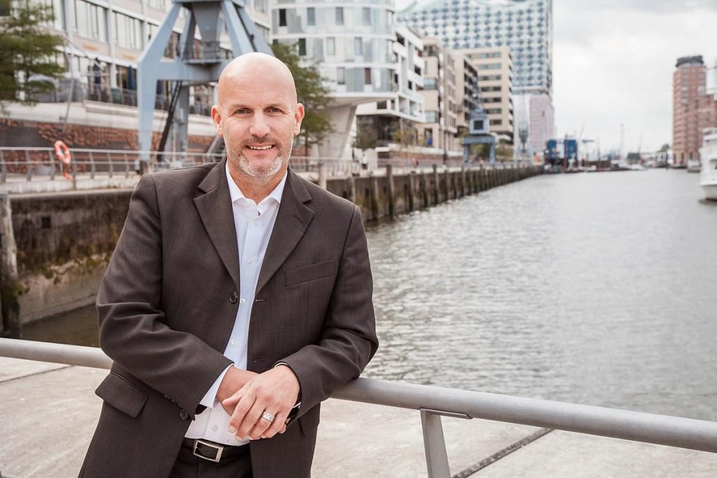 Joachim Rumohr: der xing-Experte Nr. 1 in maritimer Umgebung. Sein Credo: Richtig Netzwerken